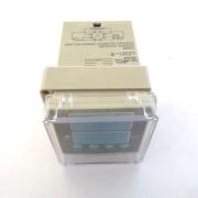 Реле за време LR08 24V