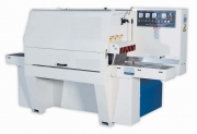 Machine for the production of boards for pallets