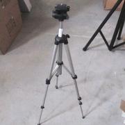 Стойка за видеокамери LK702