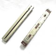 Потенциометър PTR03 C008A
