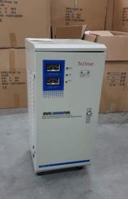 Вертикален автоматичен регулатор и стабилизатор на напрежение и ток GS SVC-20KVA